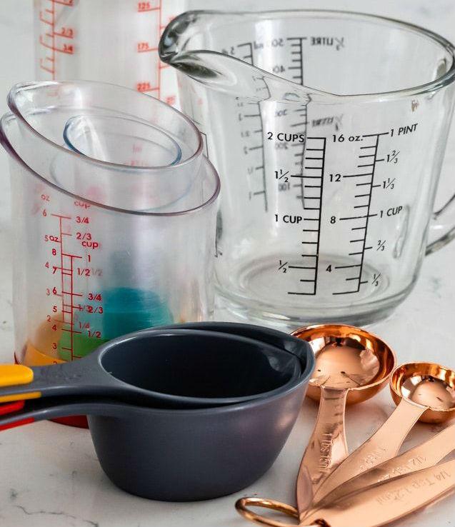 Dry_versus_Liquid_Measuring_Cups.jpg (637×738)