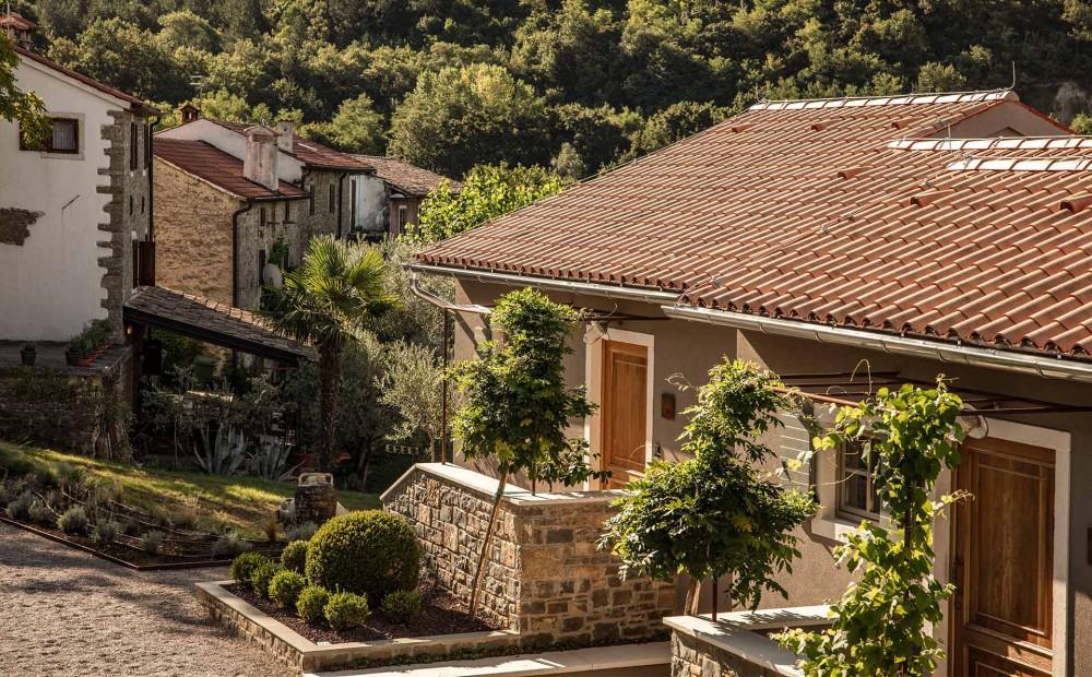 San_Canzian_Village_Hotel.jpg (1000×620)